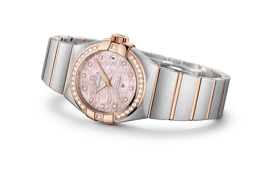 OMEGA Constellation Pluma Сталь+18К розовое или желтое золото/сталь, автоподзавод, запас хода : 50 часов, диаметр: 27.00 мм, толщина: 12.25 мм, водонепроницаемость: 100 м, металлический браслет