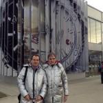 Алексей Мартынов и Владимир Борисов у павильона Omega