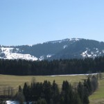 Горный массив Юра - сердце часовой промышленности Швейцарии