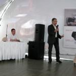 Презентацию ведет Эдриан Боссард, президент Certina