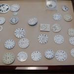 На фабрике Donze Cadrans S.A по изготовлению эмалевых циферблатов в Ле-Локле