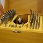 Уникальный персональный набор инструментов, с собственноручного изготовления которого начинается работа любого мастера на Мануфактуре