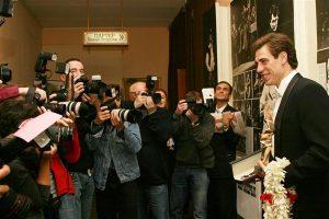 "Дмитрий Дюжев - лауреат премии ""Чайка"" 2006 и приза от компаний Eurotime и Longines"